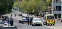 Emergency vehicles attend bomb threat at Epworth Hawthorn hospital